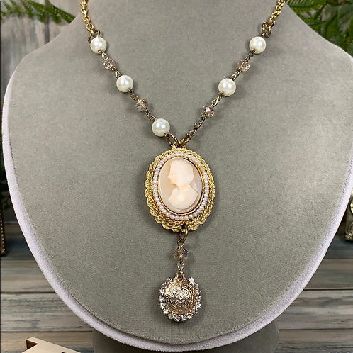 Genuine antique carved shell cameo necklace