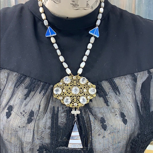 Statement crystal moonstone pearl necklace
