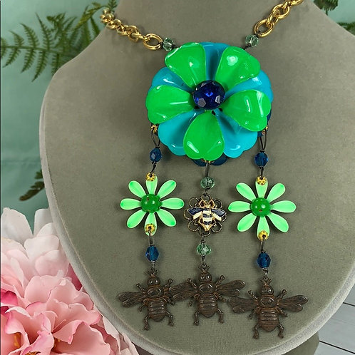 Green blue Buzzing assemblage flower & bee necklace