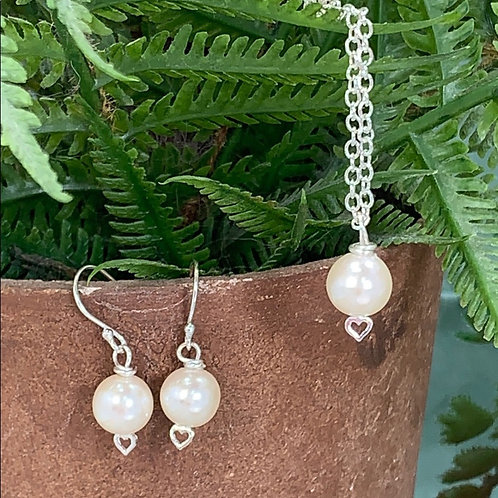 Petite pearl heart sterling silver necklace earring set (3)