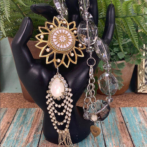 Ivory Shine bright star tassel crystal necklace