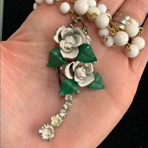 White Y style enamel flower rhinestone necklace