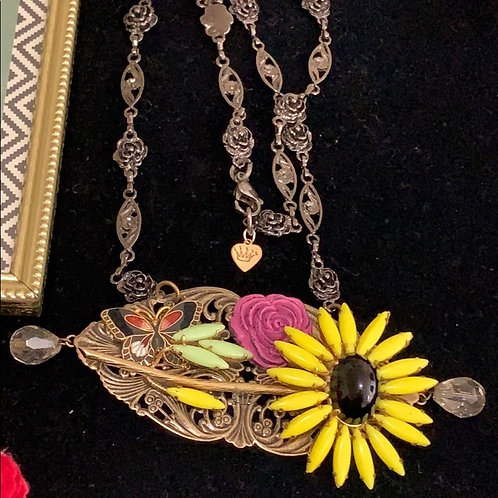 Yellow Be bold yellow flower statement necklace