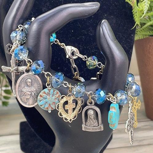 Adorned Crown assemblage Ava Maria bead bracelet