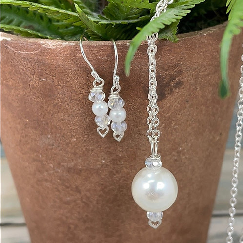 Petite pearl sterling silver heart set (4)