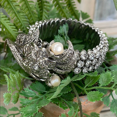 Ivory All that Sparkles rhinestone pin bracelet