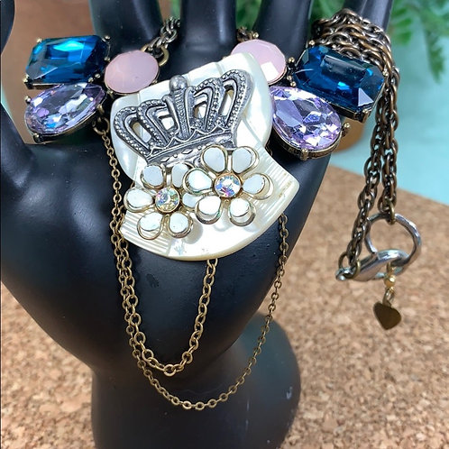 Blue purple Mother of pearl crown & bling necklace