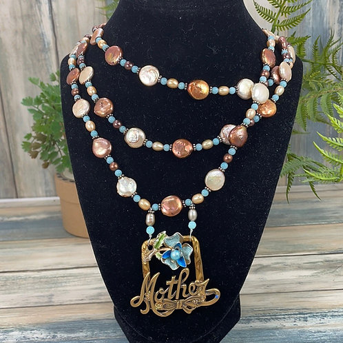 Blue Treasured mother flower pearl necklace