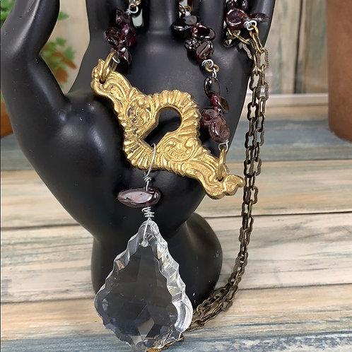 Red Antique keyhole Crystal garnet necklace