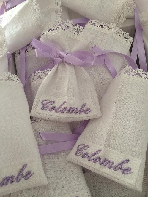 classique dentelle violet