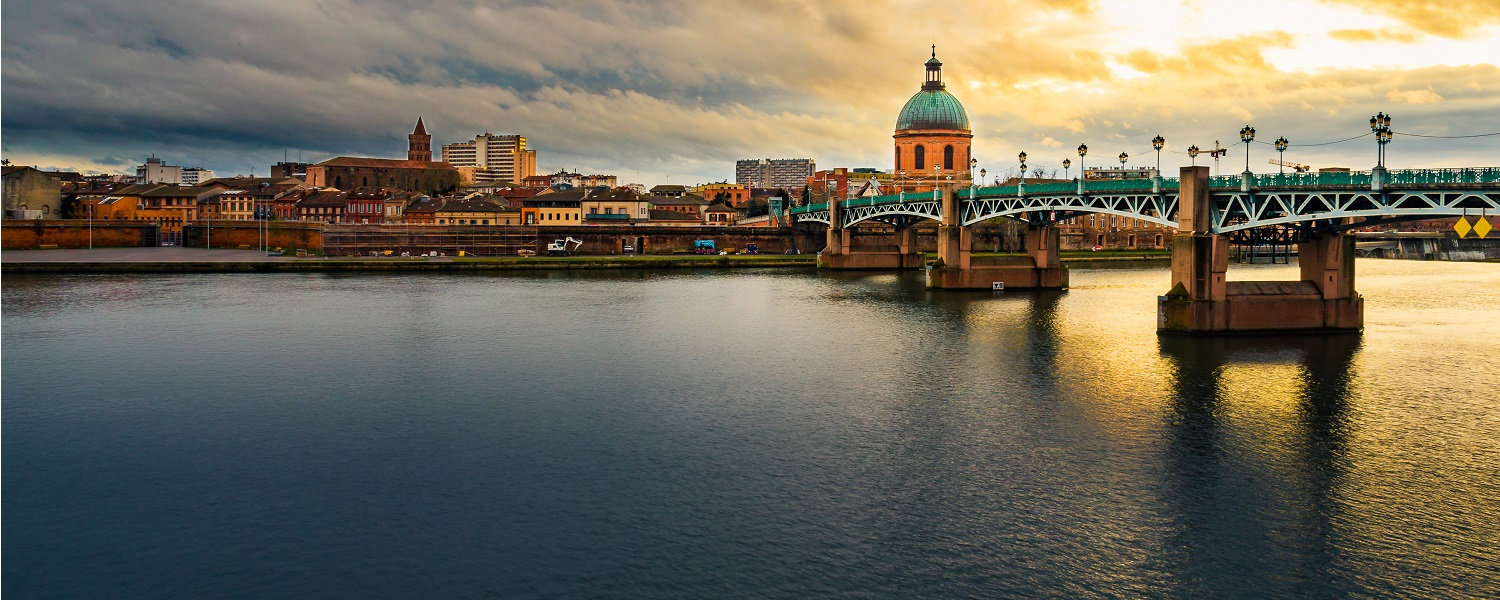 Garone-River-in-Toulouse.jpg