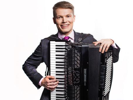Soloist of the Month: Mikk Langeproon