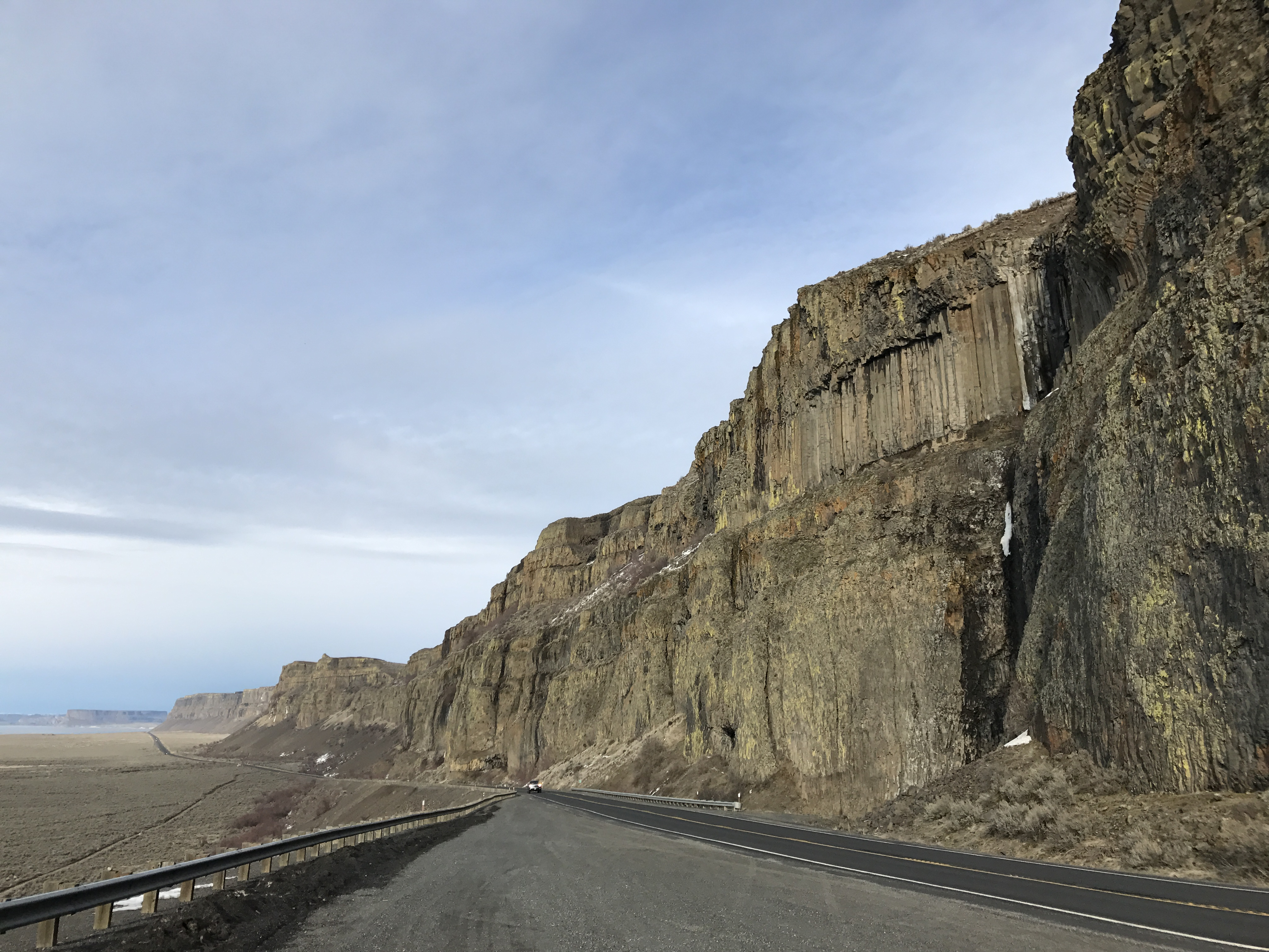 Driving down Grand Coulee