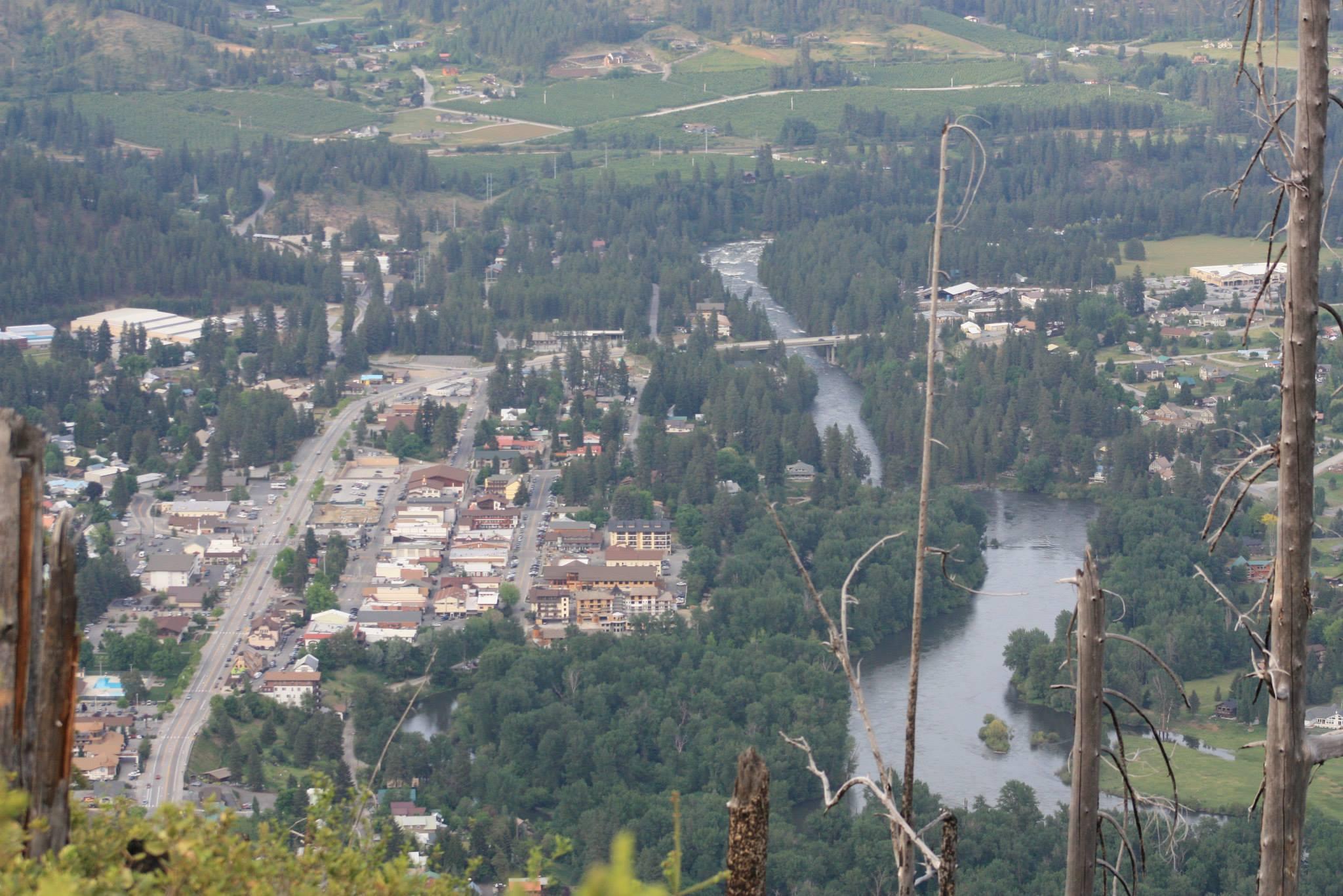 Leavenworth from Icicle ridge