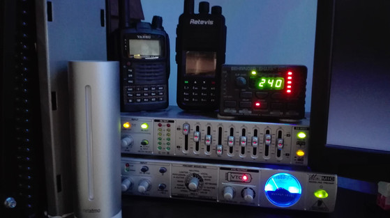 Audio module: Shark DS100 / Behringer FBQ800 & MIC800