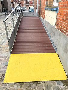 rampe-acces-antiderapante.jpg