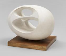 Oval Sculpture (No. 2) 1943