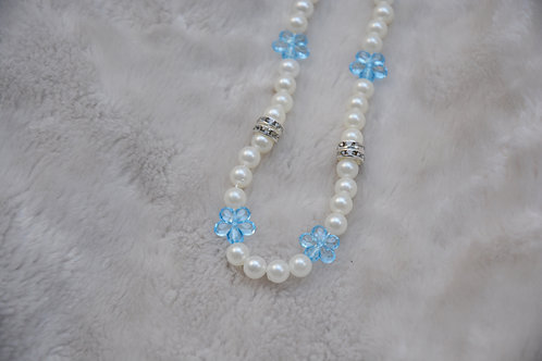 PEARLY ICE FLOWER NECKLACE (41CM)