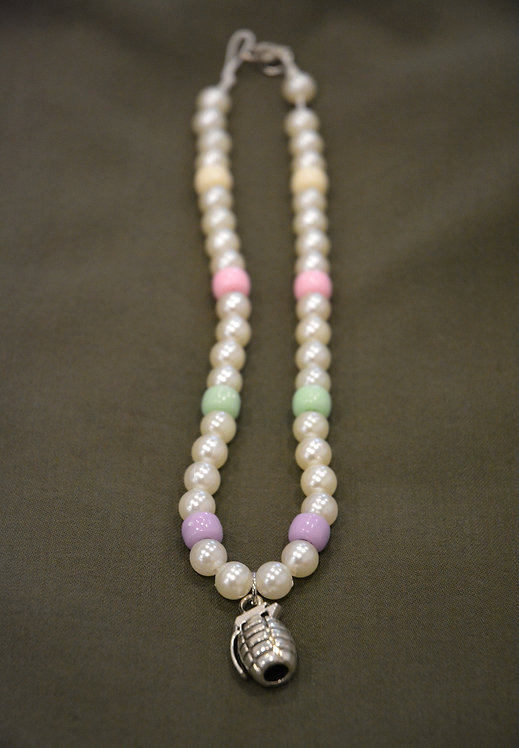 PEARLY CANDY-NADE NECKLACE (38CM)