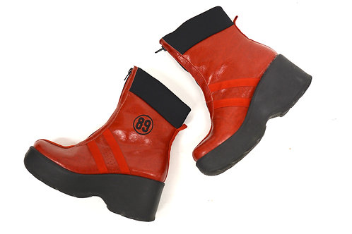 """89"" LAZER RED PLATFORM BOOTS (39EU)"