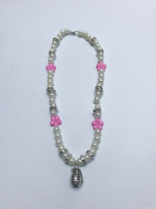 PEARLY PINK-NADE NECKLACE
