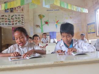 Ethnic Minority Classmates Enjoy Access to Multilingual Education