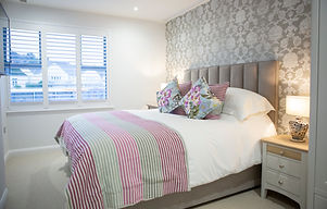 Pink Room, SLEEP SQUIRES