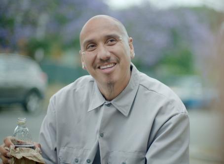 Cuete Yeska nos habla de si papel en MILFriend, ser Jesus y ser Latino (SPANISH)