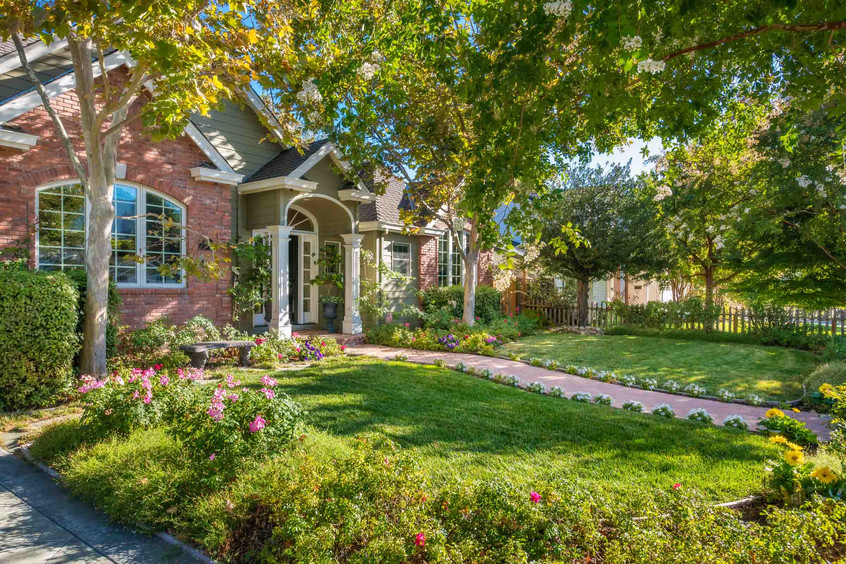 Traditional - Lilac - Front Exterior - 3