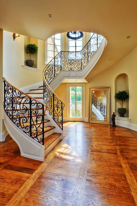 Traditional - Betty - Staircase - 1 - Af