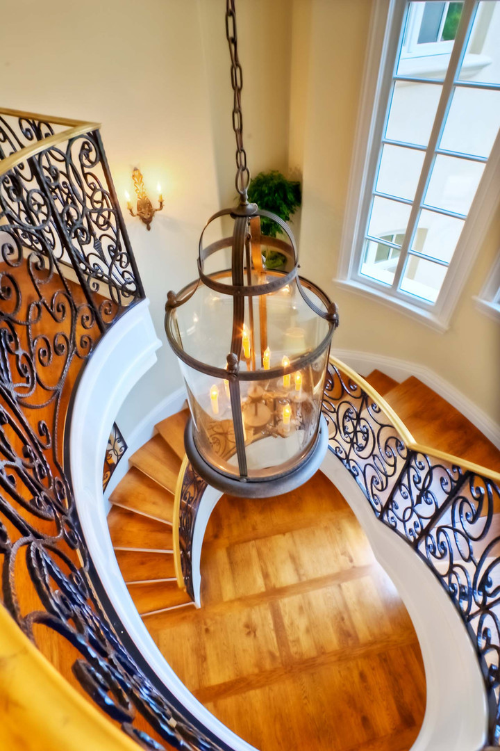 Traditional - Betty - Staircase - 2 - Af