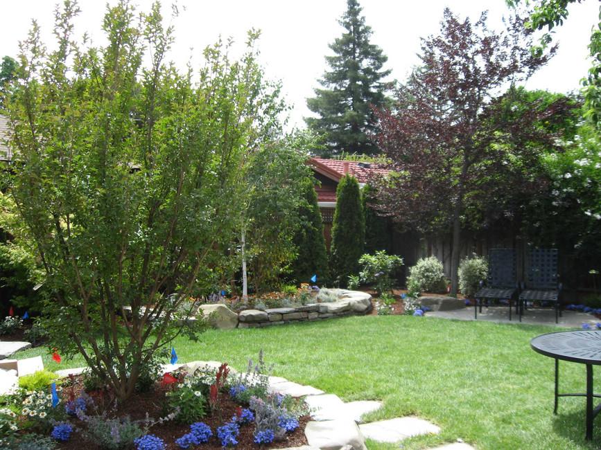 Traditional - Stratford - Backyard - 4 -