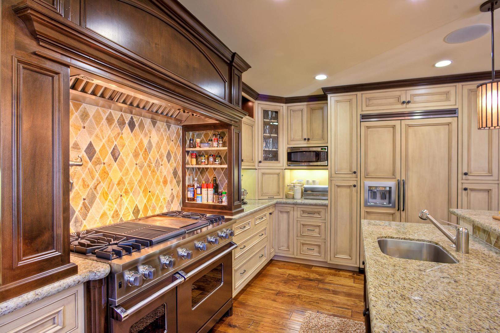 Traditional - Stratford - Kitchen - 2 -
