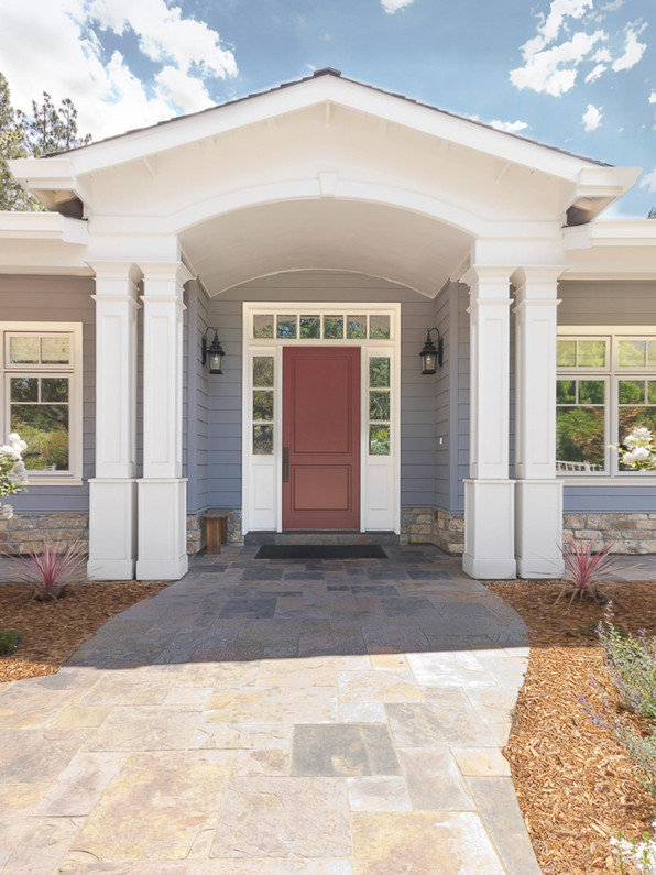 Transitional - Wild Oaks - Front Exterio