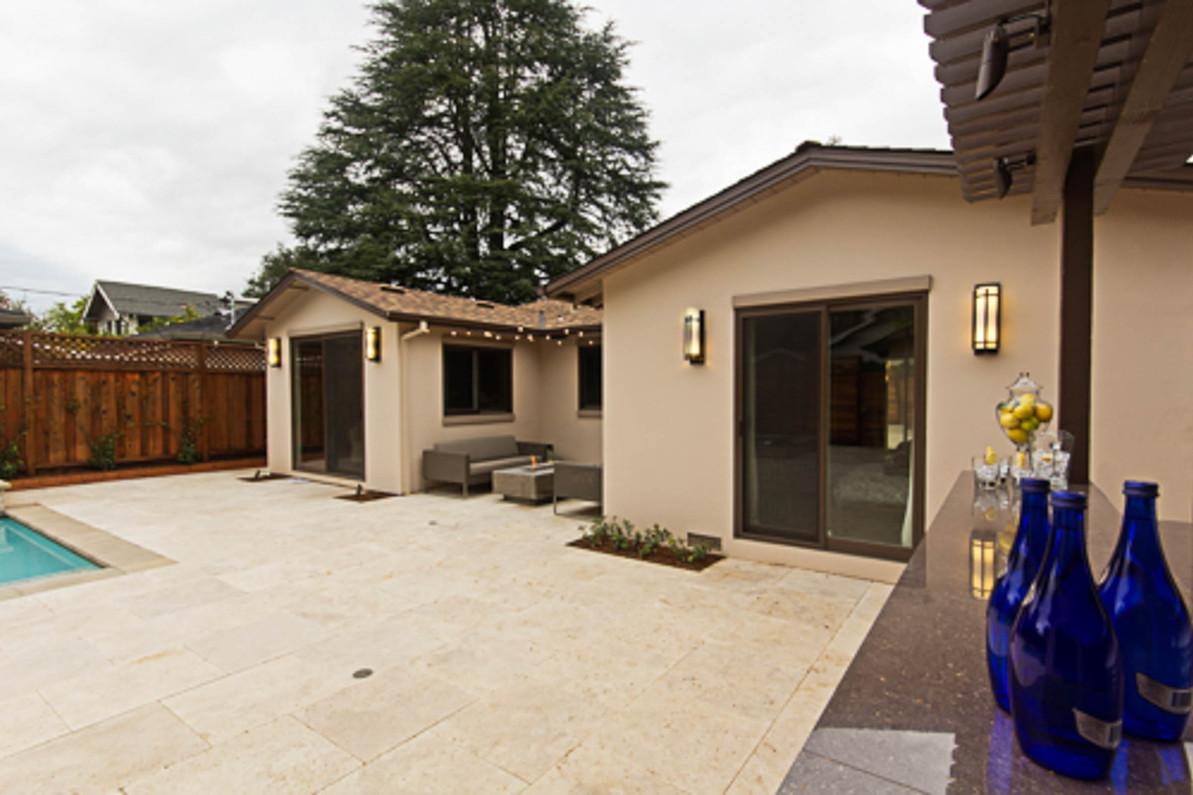 Contemporary - Orange - Backyard - 3 - A