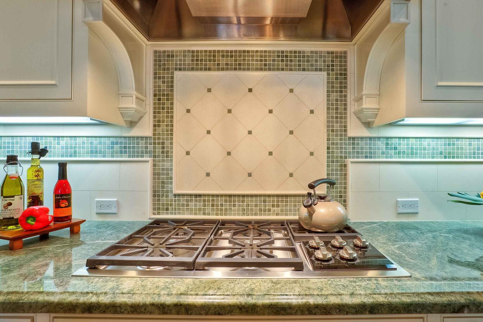 Transitional - East Creek - Kitchen - 5