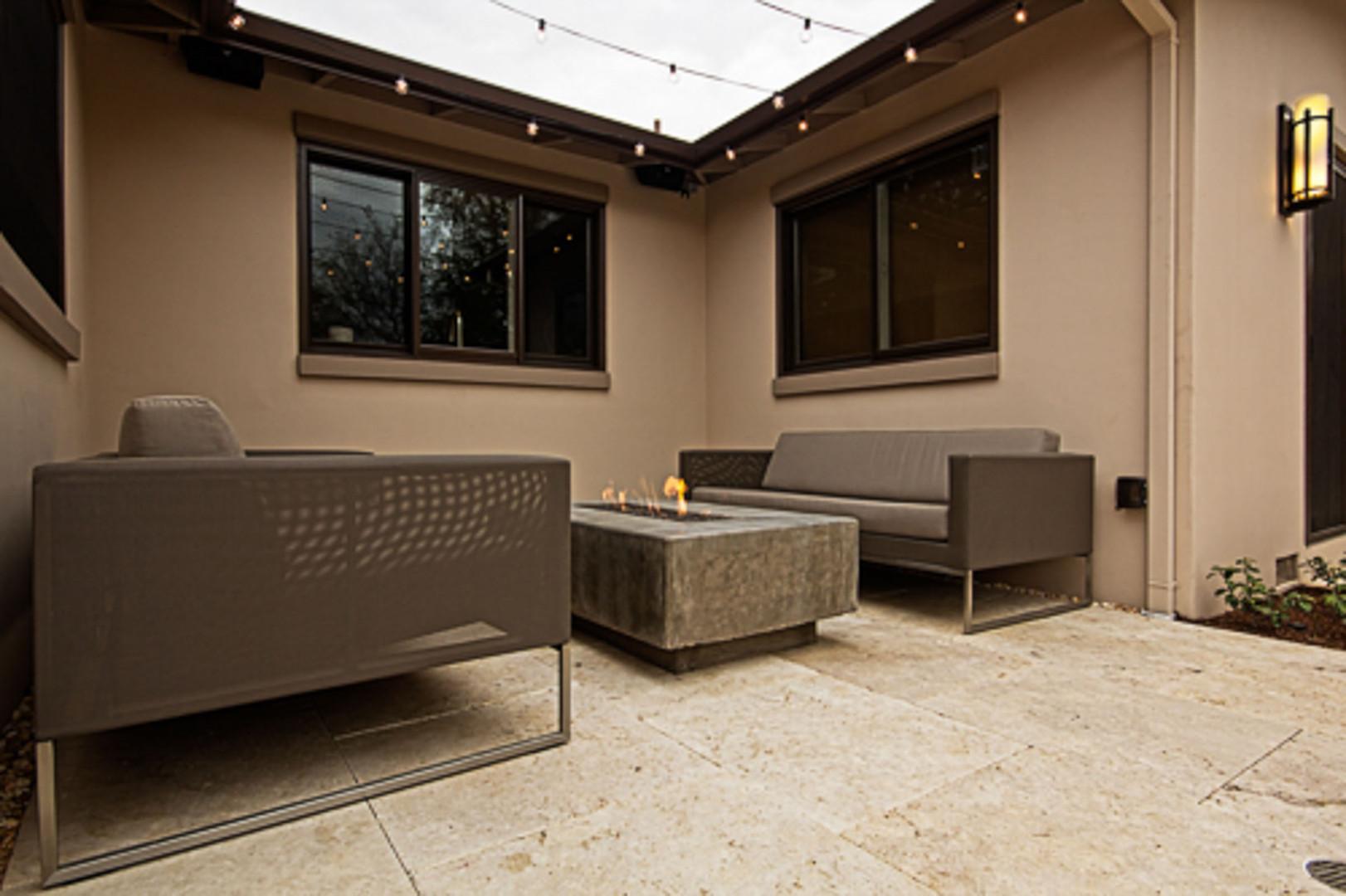 Contemporary - Orange - Backyard - 2 - A