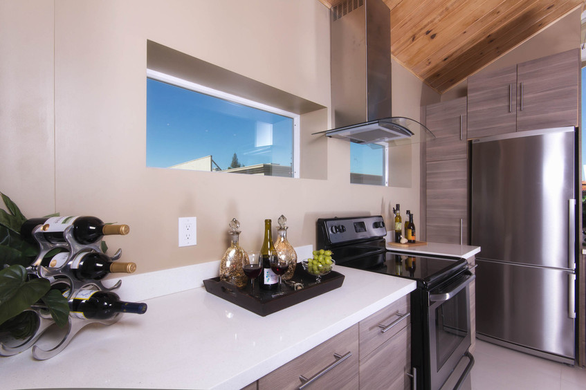 Contemporary - Royce - Kitchen - 2 - Aft