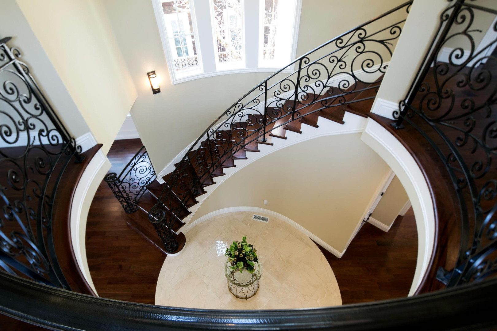 Transitional - Pine - Staircase - 2 - Af