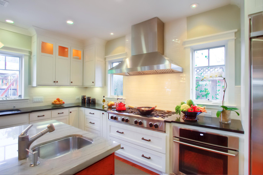 Traditional - South - Kitchen - 2 - Afte