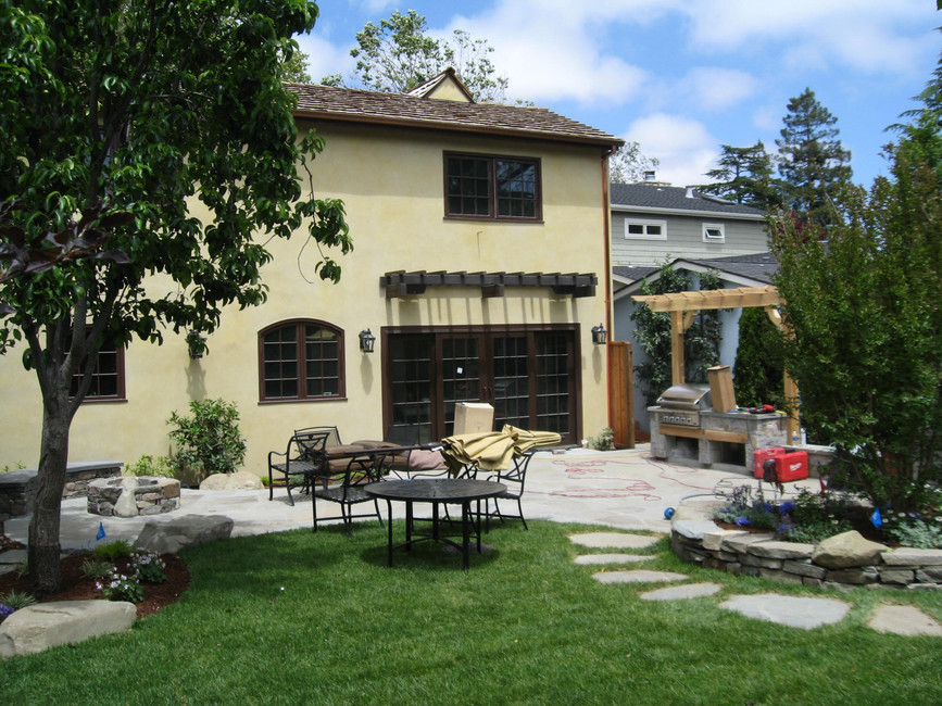 Traditional - Stratford - Backyard - 2 -