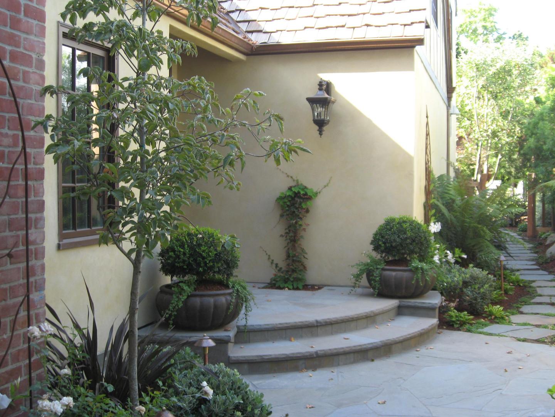 Traditional - Stratford - Backyard - 6 -