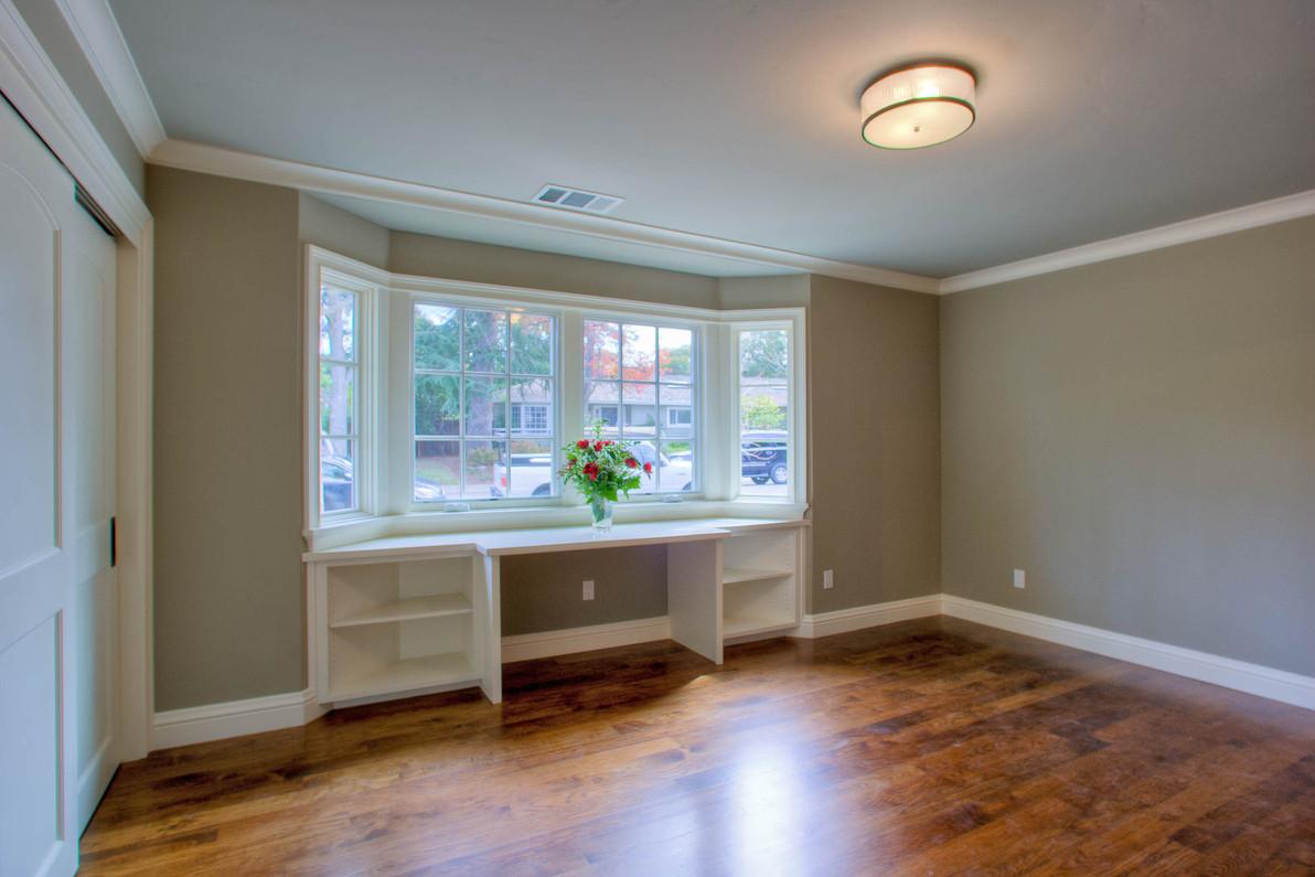 Transitional - East Creek - Bedroom - 1