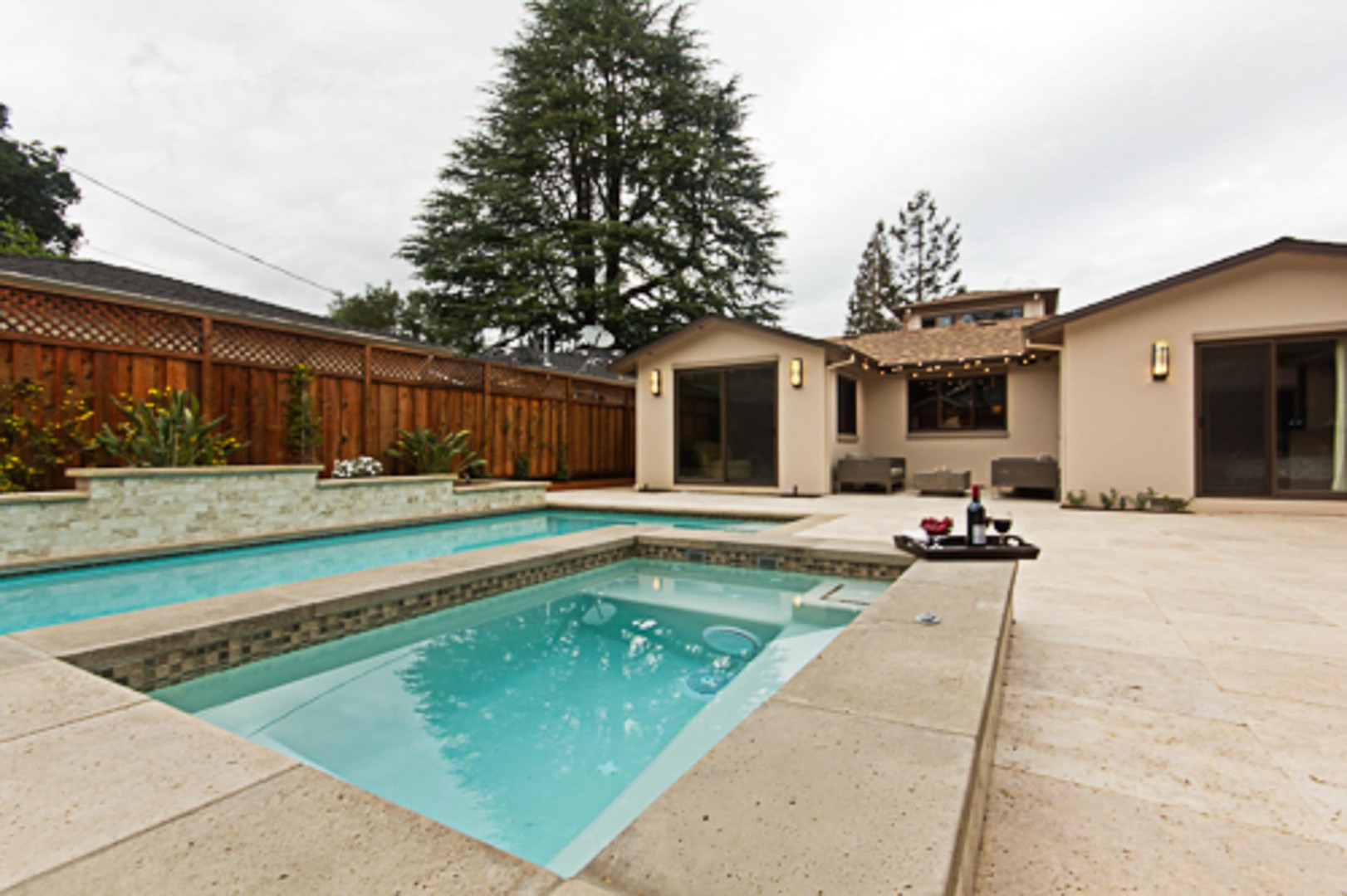 Contemporary - Orange - Backyard - 1 - A