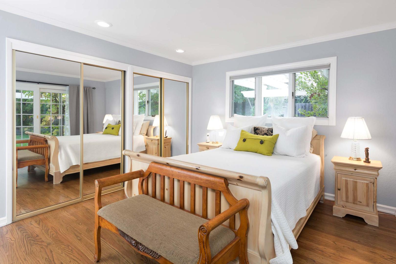 Contemporary - Redondo - Master Bedroom