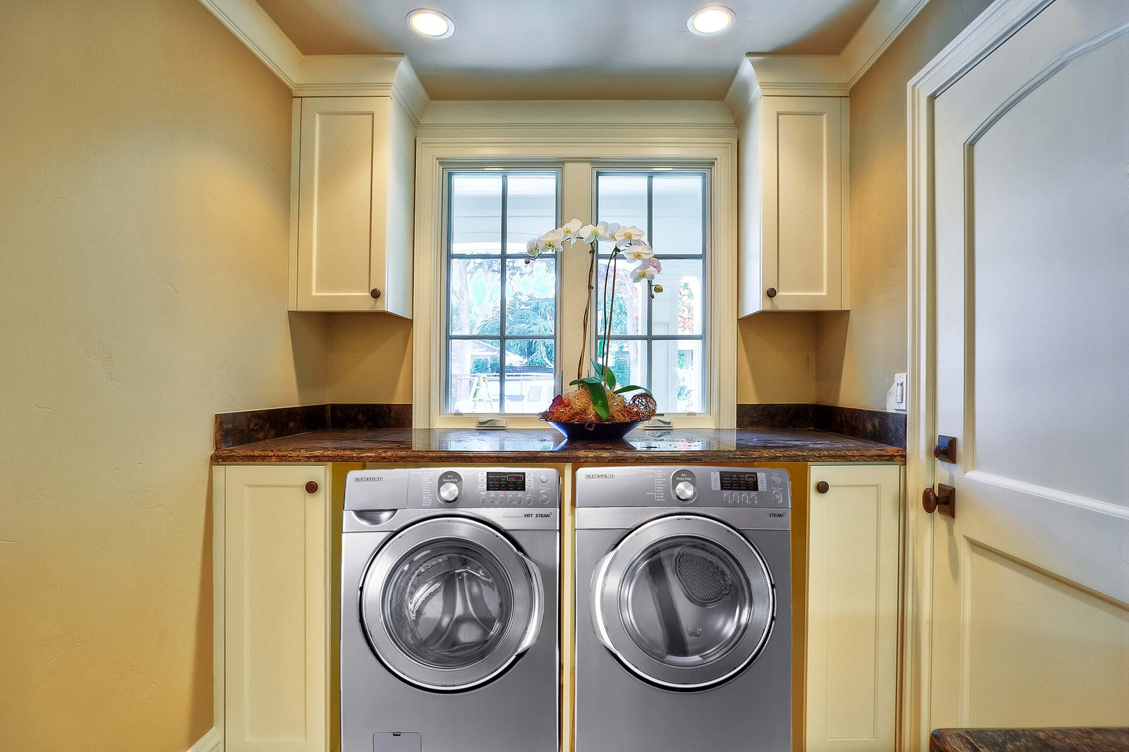 Transitional - East Creek - Laundry - 2