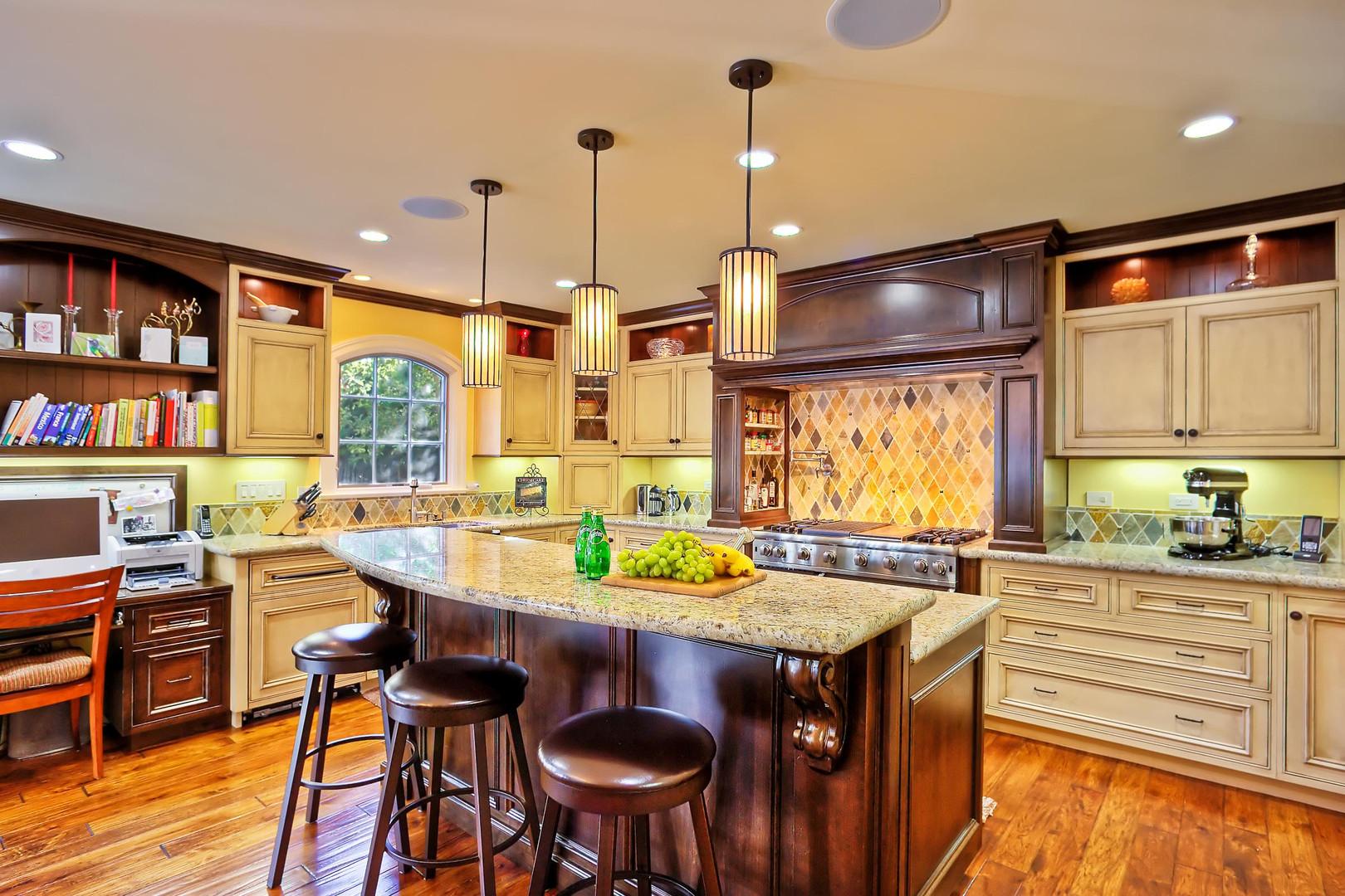 Traditional - Stratford - Kitchen - 1 -