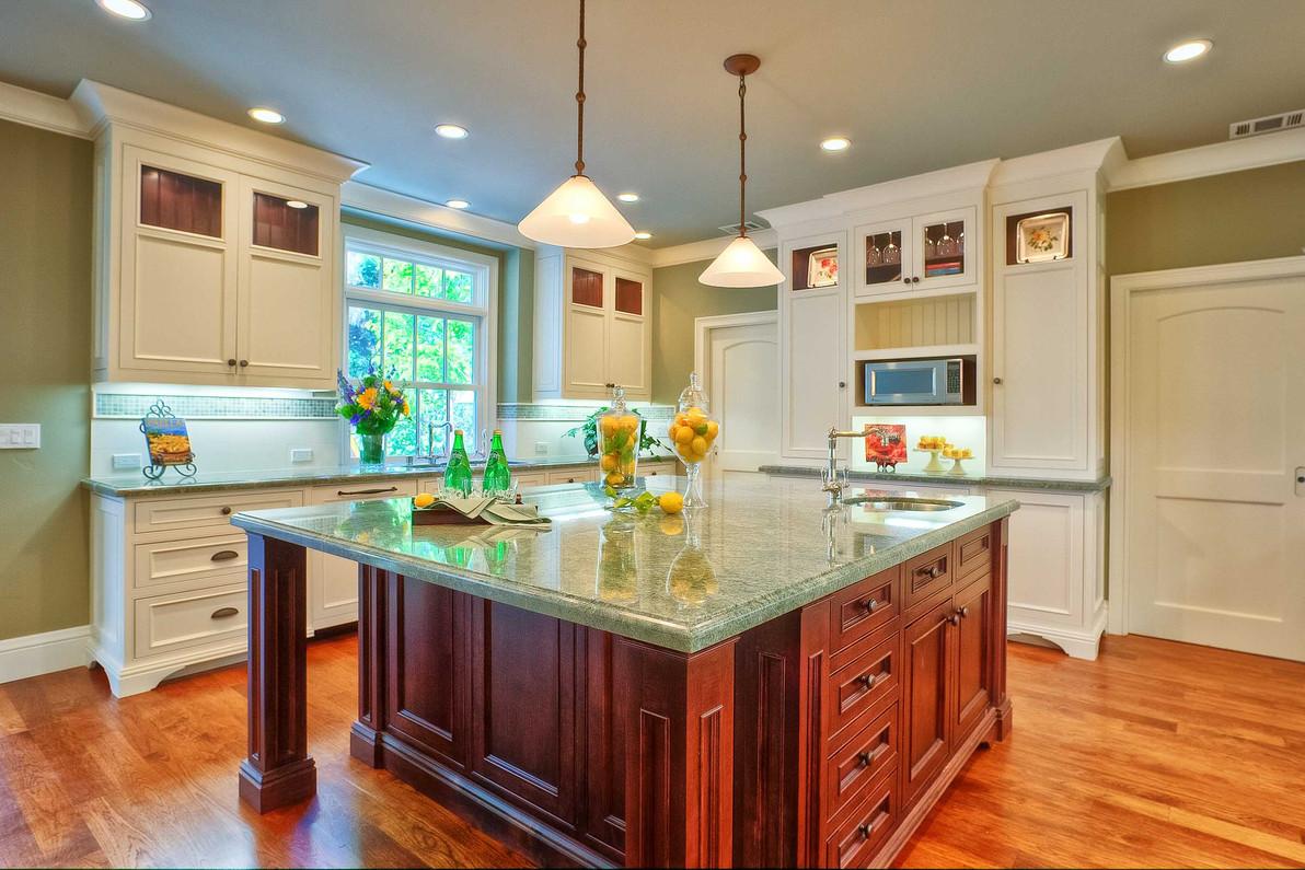 Transitional - East Creek - Kitchen - 4