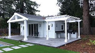 Outdoor-Living-Poolhouse-Masett.jpg