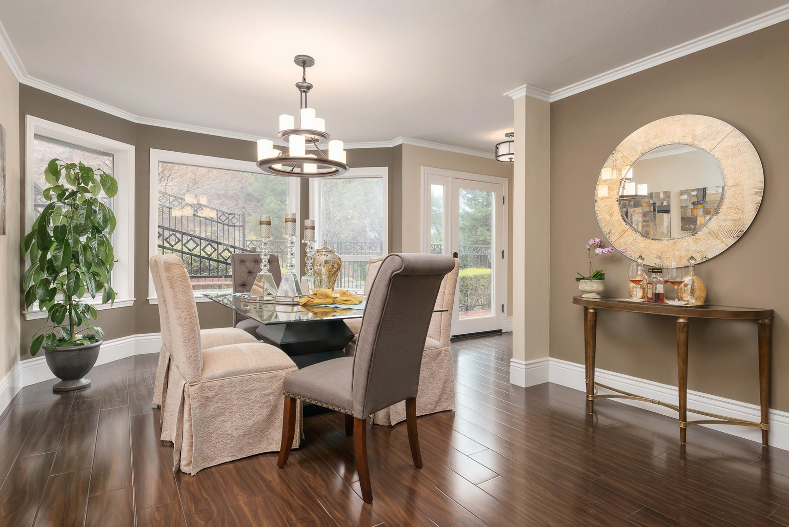 Transitional - Deer Trail - Dining - 1 -